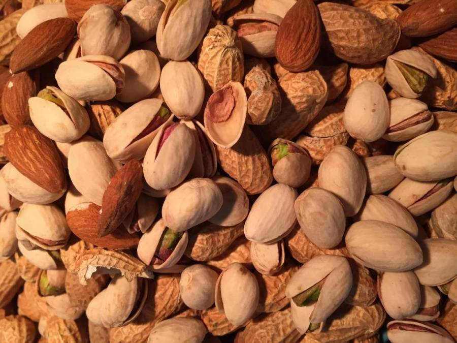 Comminution of Nuts Generation of representative samples